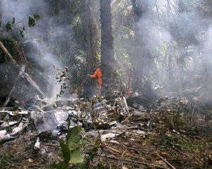 Avião de pequeno porte cai em Manaus e mata 6 pessoas