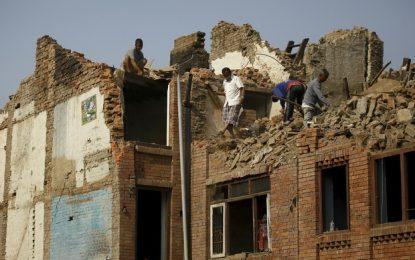 Brasileiros relatam situação do Nepal após terremoto