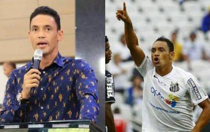 """Jogador de futebol comenta """"conflito moral"""" entre carreira e ministério"""