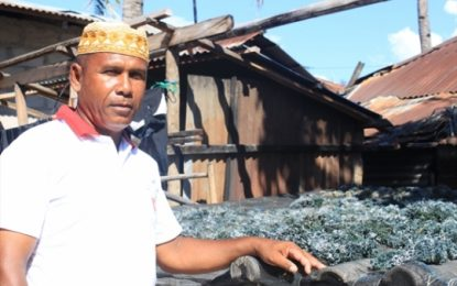 Cristãos pedem permissão para cultuar em tendas temporárias na Indonésia