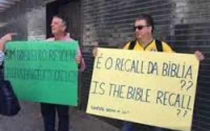 Pastores brasileiros fazem protesto em Israel contra voto do Brasil na Unesco Líderes foram para frente da Embaixada do Brasil em Tel Aviv