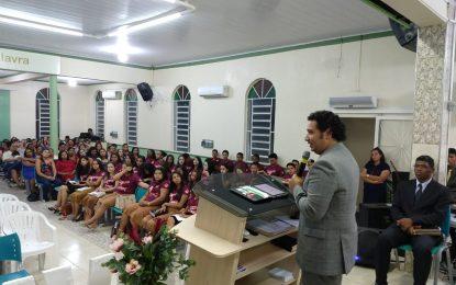 Pr. Levy Júnior prega na abertura do 18º UMADVA