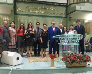 Pastores Levy e Tânia comemoram mais um ano de vida