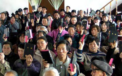 Organização cristã comemora 200 milhões de Bíblias na China