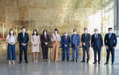 Primeira dama e Ministra Damares se reúnem com representantes da CGADB