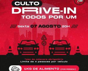 Jovens e adolescentes fazem celebração em Drive In na sexta