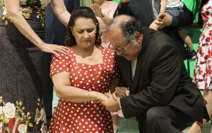 IEAD celebra aniversários do Pr. Levy e da Pra Tânia e faz consagração de obreiros