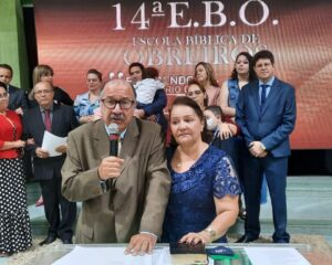 EBO encerra com homenagens ao pastor Levy e consagração de obreiros